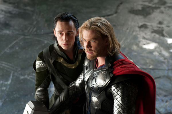 THOR - Tom Hiddleston & Chris Hemsworth