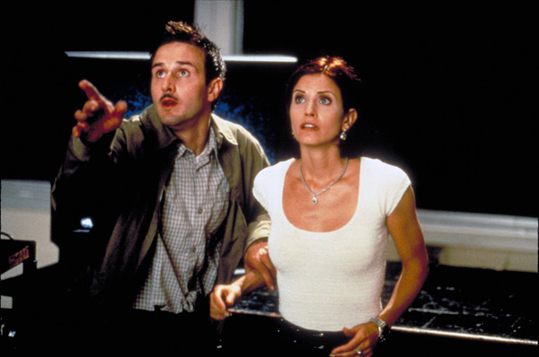 Scream 2 - David Arquette and Courtney Cox