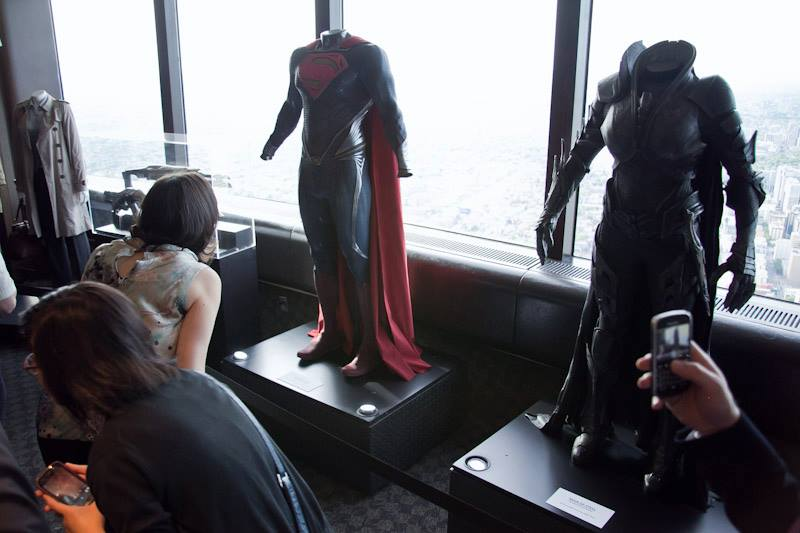 Man of Steel Toronto CN Tower - Fans and journos admiring the outfits.