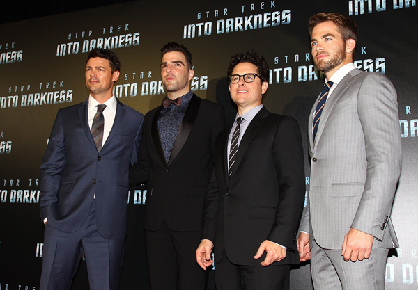 Star Trek Into Darkness - Premiere - JJ Abrams Zachary Quinto Chris Pine Karl Urban