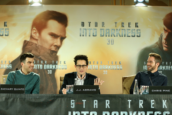 Star Trek Into Darkness - Premiere - JJ Abrams Zachary Quinto Chris Pine