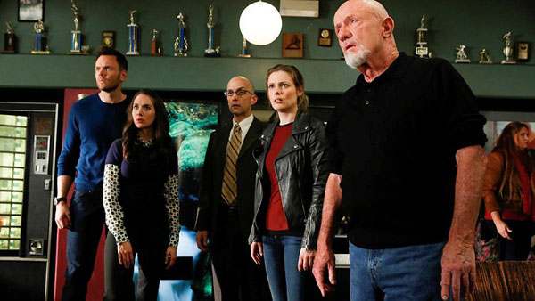 "COMMUNITY -- ""Basic Story"" Episode 512 -- Pictured: (l-r) Joel McHale as Jeff Winger, Alison Brie as Annie Edison, Jim Rash as Dean Pelton, Gillian Jacobs as Britta Perry, Jonathan Banks as Professor Hickey -- (Photo by: Vivian Zink/NBC)"