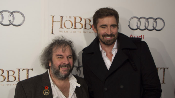 For the sake of comparison, this is how tall Lee Pace is and how short Peter Jackson is.