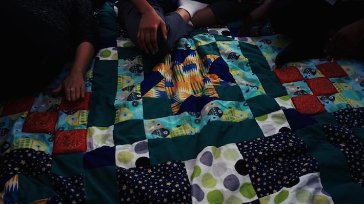 mouffe-blanket
