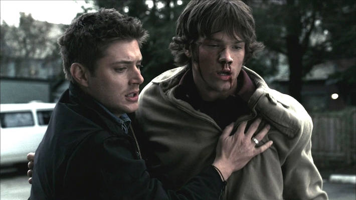 supernatural-dean-saves-sam