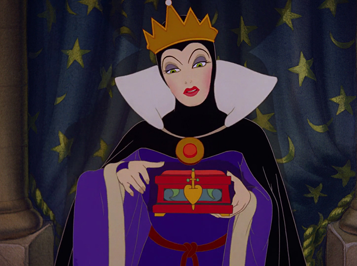 Snow_White_and_the_Seven_Dwarfs_1937_Evil_Queen