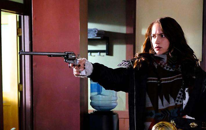 Wynonna Earp Season 2 Episode 3