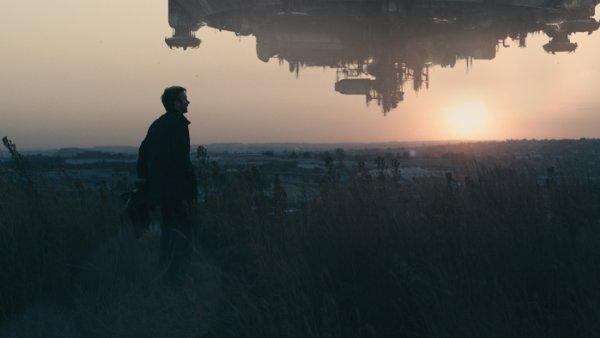 Neill Blomkamp's District 9