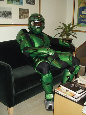 halo-master-chief-couch