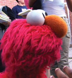Hot Docs 2011 - Being Elmo