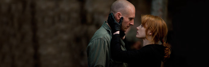 Coriolanus - Ralph Fiennes Jessica Chastain - Featured
