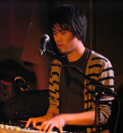 Sound Shapes - Shaw-Han Liem (I am Robot and Proud) - F2