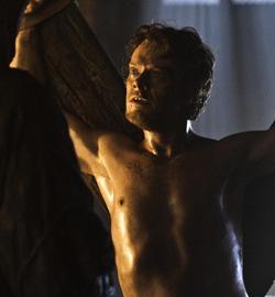 Game-of-Thrones-Season-3-Theon-Greyjoy-A-F2
