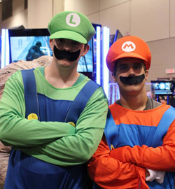 Fan-Expo-2013-Mario-and-Luigi