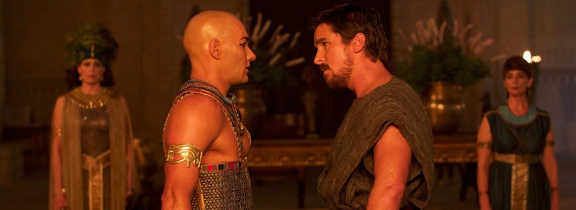 DF-01354 - Moses (Christian Bale, right) confronts Ramses (Joel Edgerton).