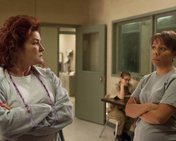 OITNB - Season 3 Episode 2 - Bed Bugs and Beyond