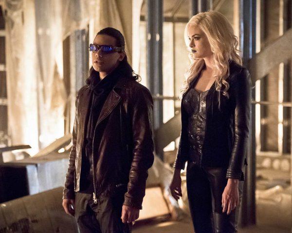The Flash Episode 2.22 Invincible