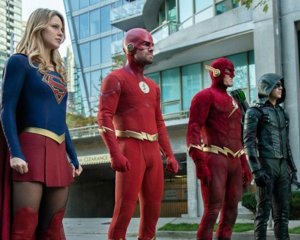 Arrowverse Elseworlds Trailer