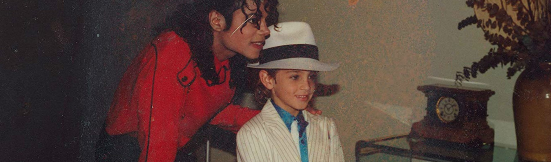 Leaving-Neverland-Michael-Jackson-Red Shirt