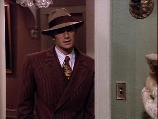 Luke-Perry-Dylan-McKay-90210-halloween-clyde-barrow