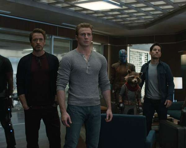 Avengers-Endgame-Entire-Team