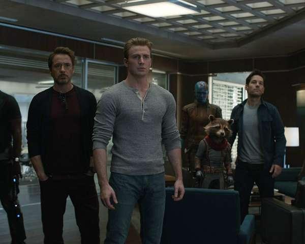 Avengers-Endgame-Entire-Team