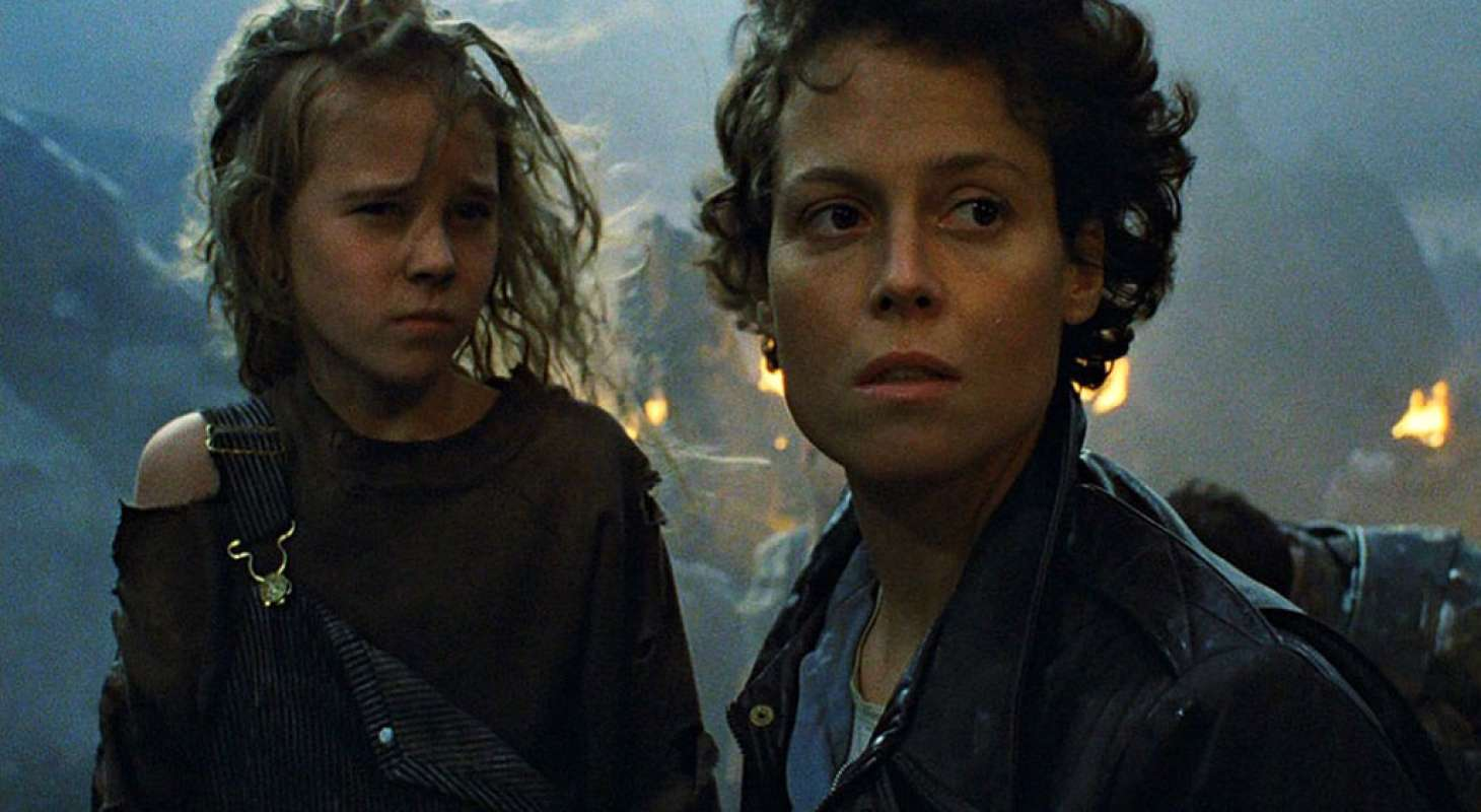 Aliens Ripley and Newt
