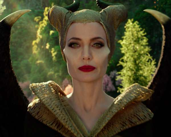 Maleficent-Mistress-of-Evil-Angelina-Jolie-Feature