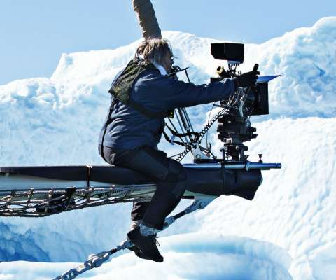 aquarela-camera-crew-on-boat