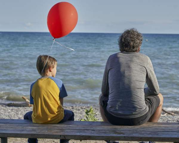 Red-Balloon-feature-image