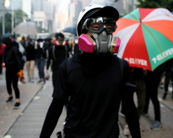 Do Not Split documentary about the Hong Kong protests