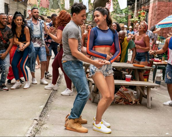In the Heights movie Anthony Ramos and Melissa Barrera